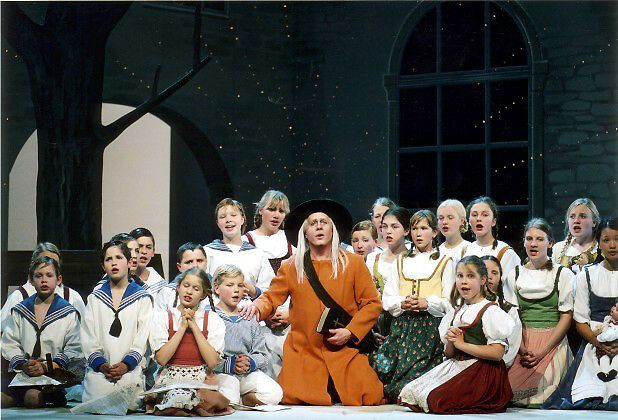 Edward Randal and the Children's Choir of the Chemnitzer Opera